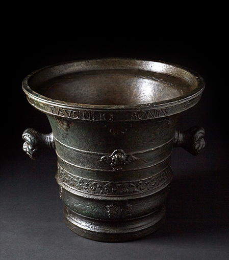 Italian bronze mortar 18th century